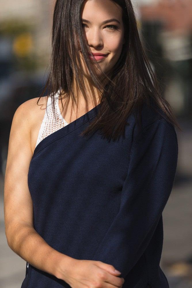 Rachel Besser Hair Straightened