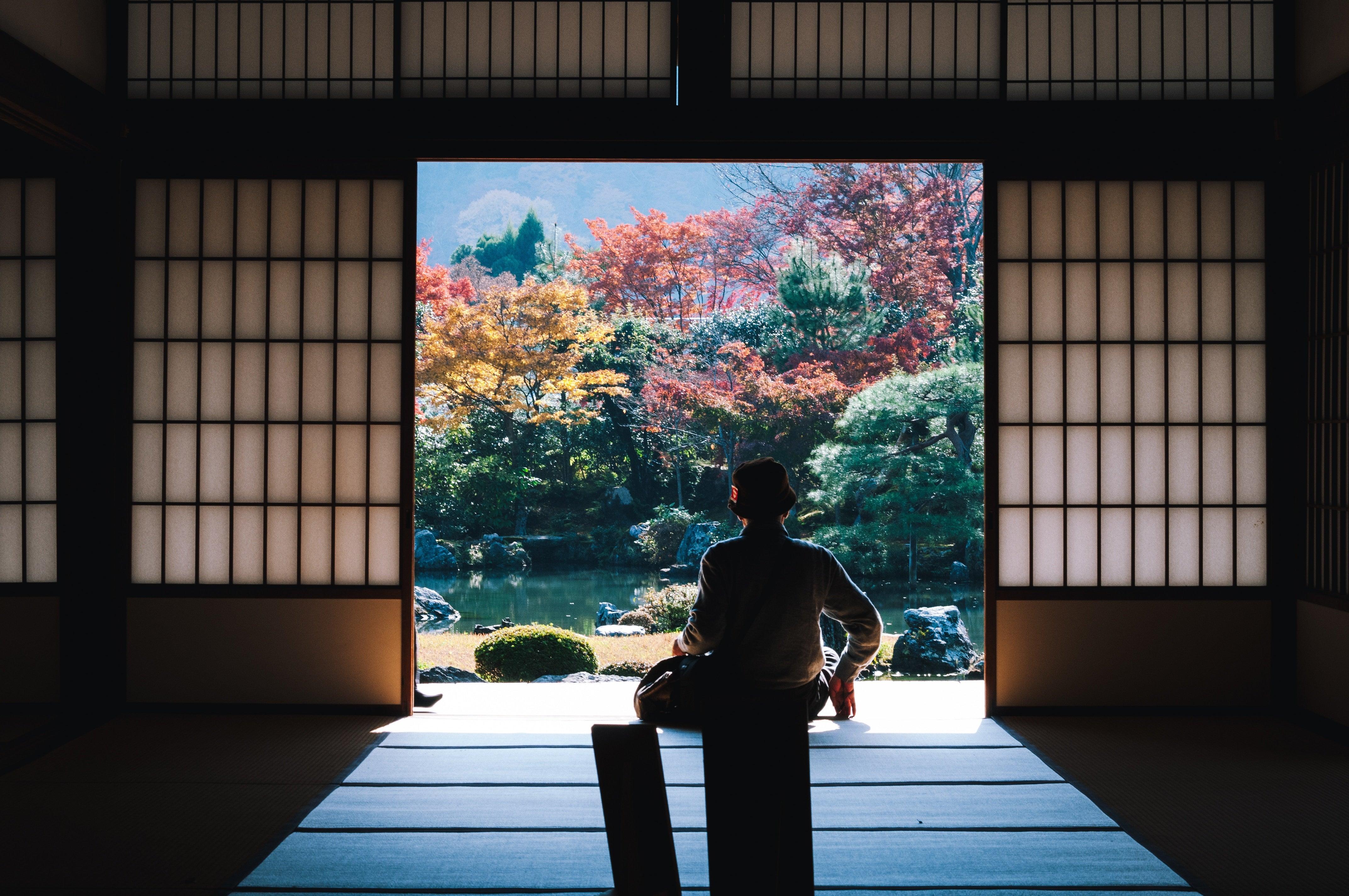 08_meditate_photo_by_MasaakiKomori_photo_via_Unsplash