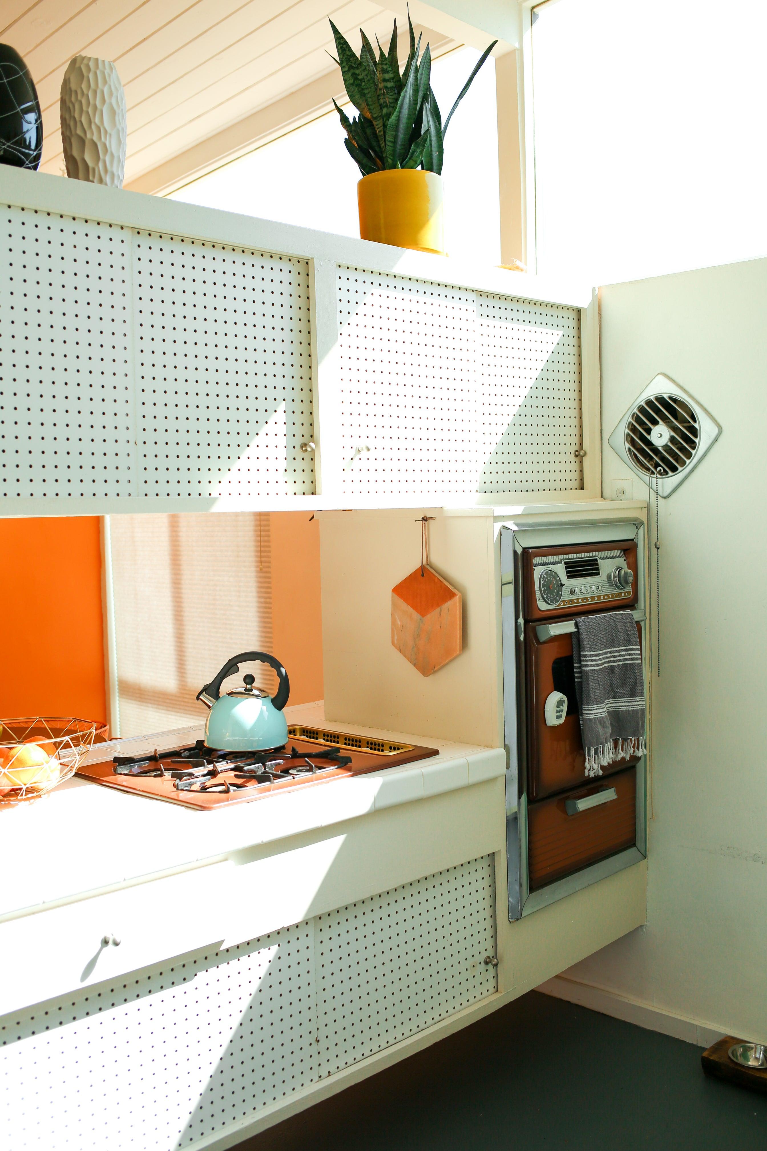 vintage kitchen oven