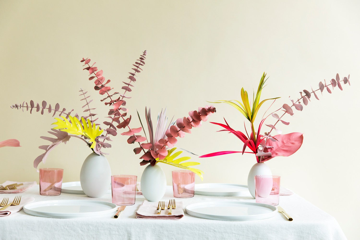 Non-Traditional Thanksgiving Centerpiece Ideas That Are Anything But Ordinary