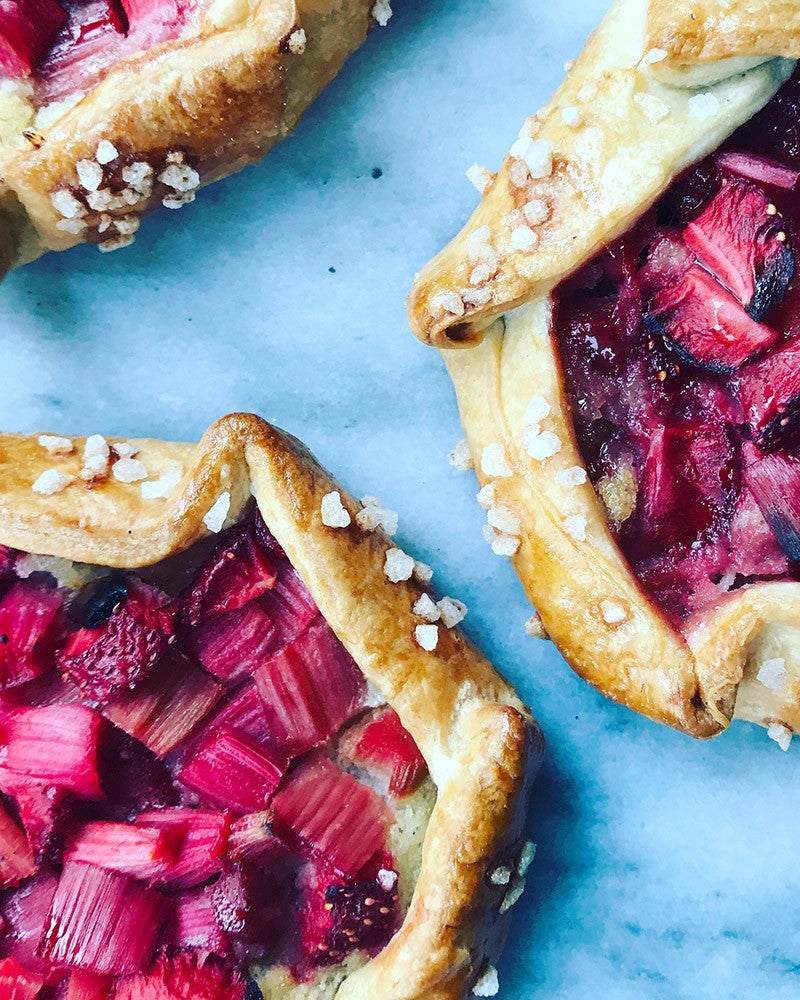 14 Summer Dishes That Pair Perfectly With Rosé- Pistachio Raspberry Rose Tart