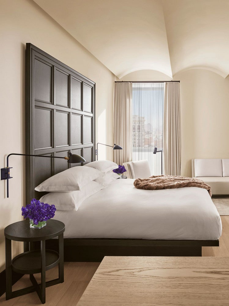 Twin Bed Hotel Room: Best Hotel Beds To Sleep In