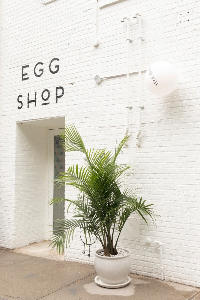 This Brooklyn Eatery Features a Must-Instagram Egg-Shaped Table
