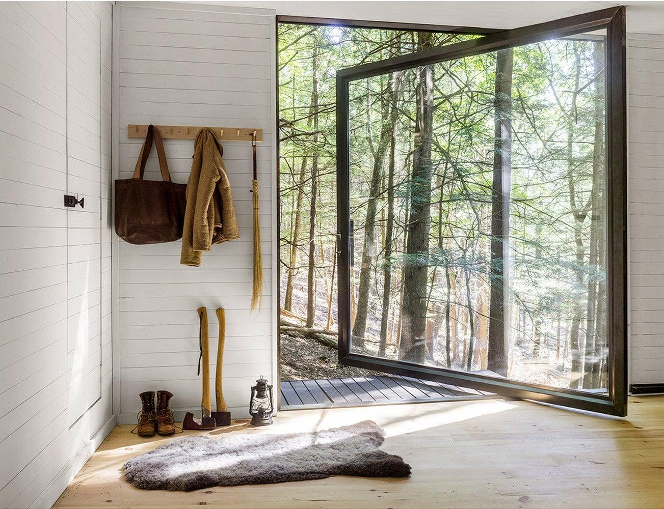 treehouse cabin scandanavian pine