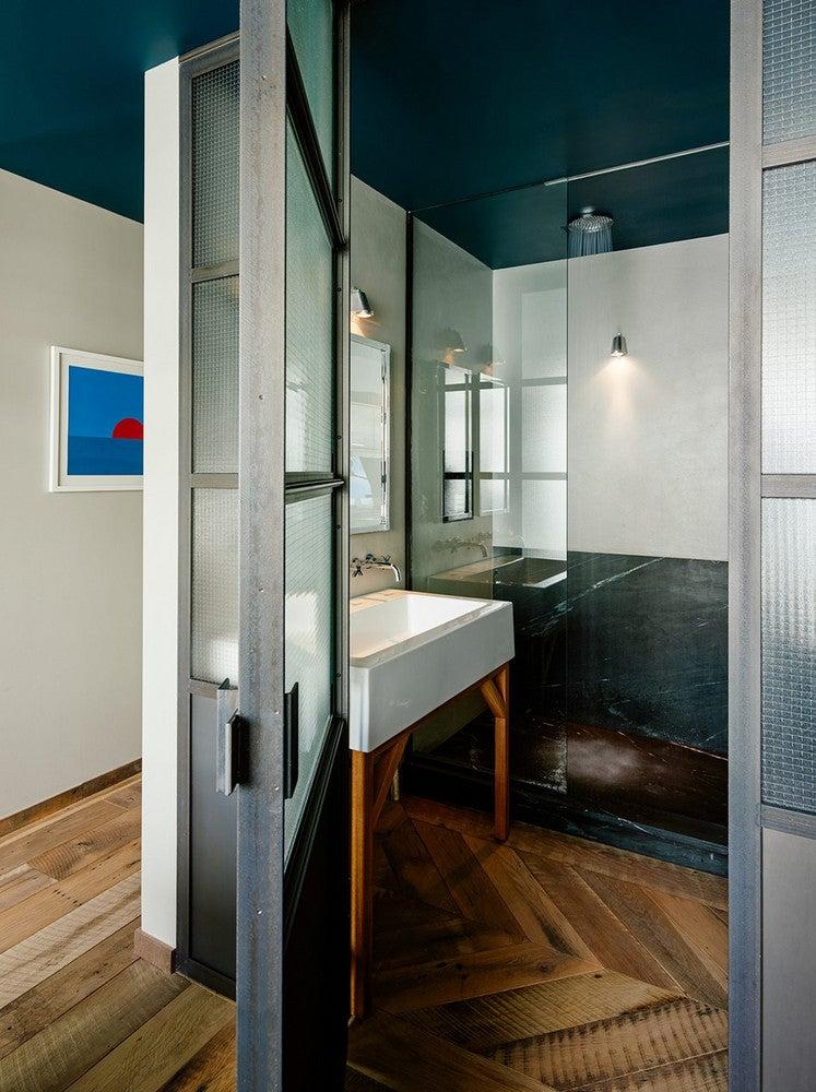 brooklyn apartment shower