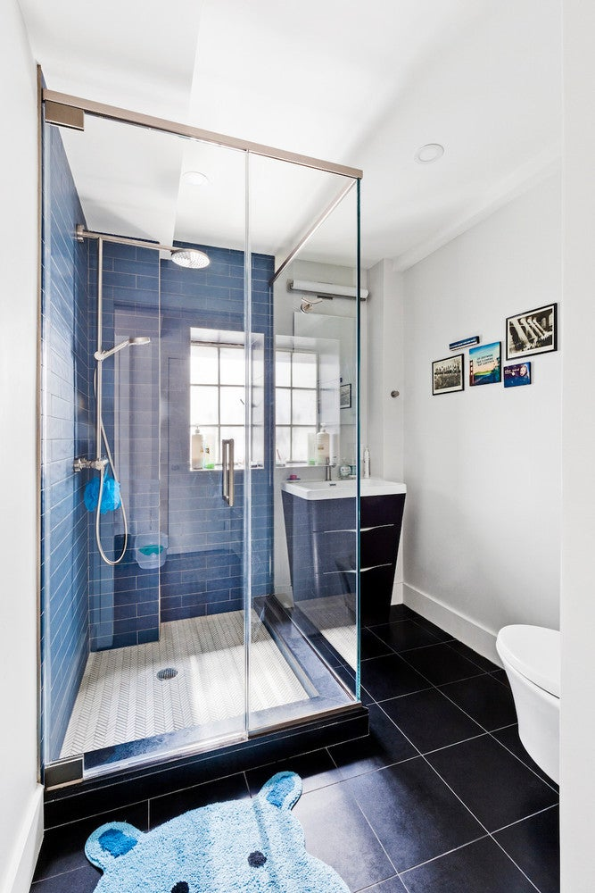 A Tiny NYC Bathroom Gets A Colorful Update