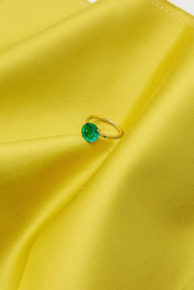The Emerald Engagement Rings Non-Traditional Brides Will Love