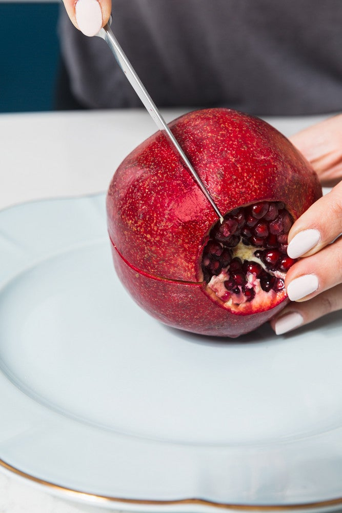 How to Deseed a Pomegranate Without Making a Mess