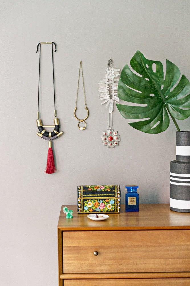 wall hung jewelry storage