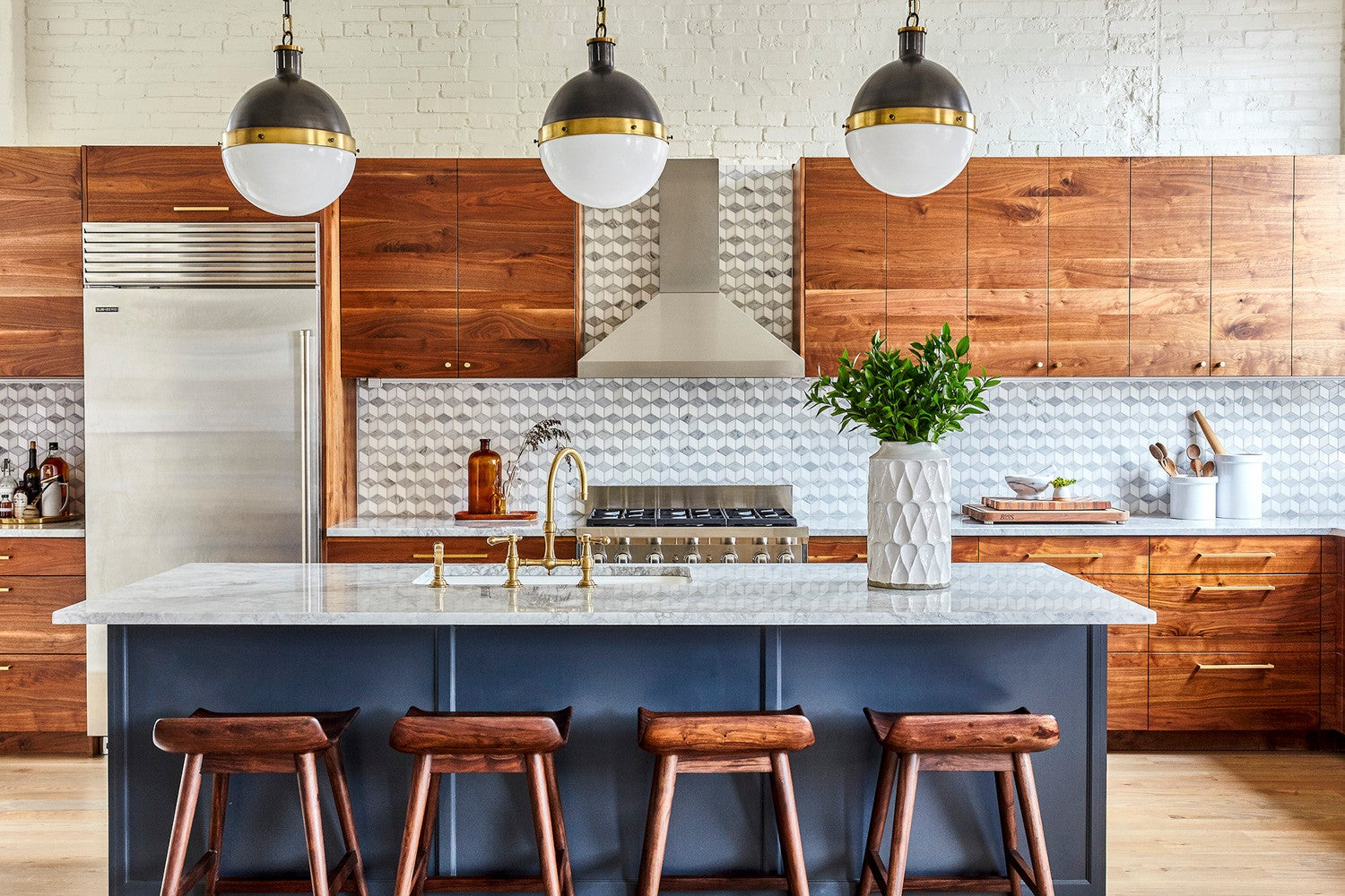 9 Reasons Why It's Time to Paint Your Kitchen
