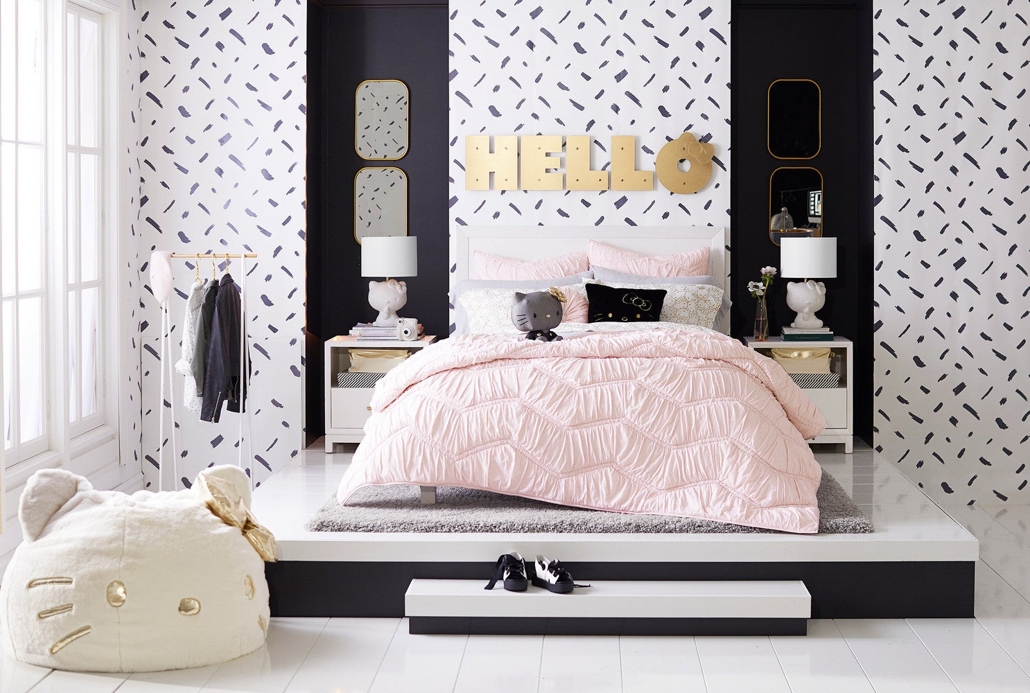 Pottery barn collaboration with hello kitty pbteen - Pottery barn hello kitty ...