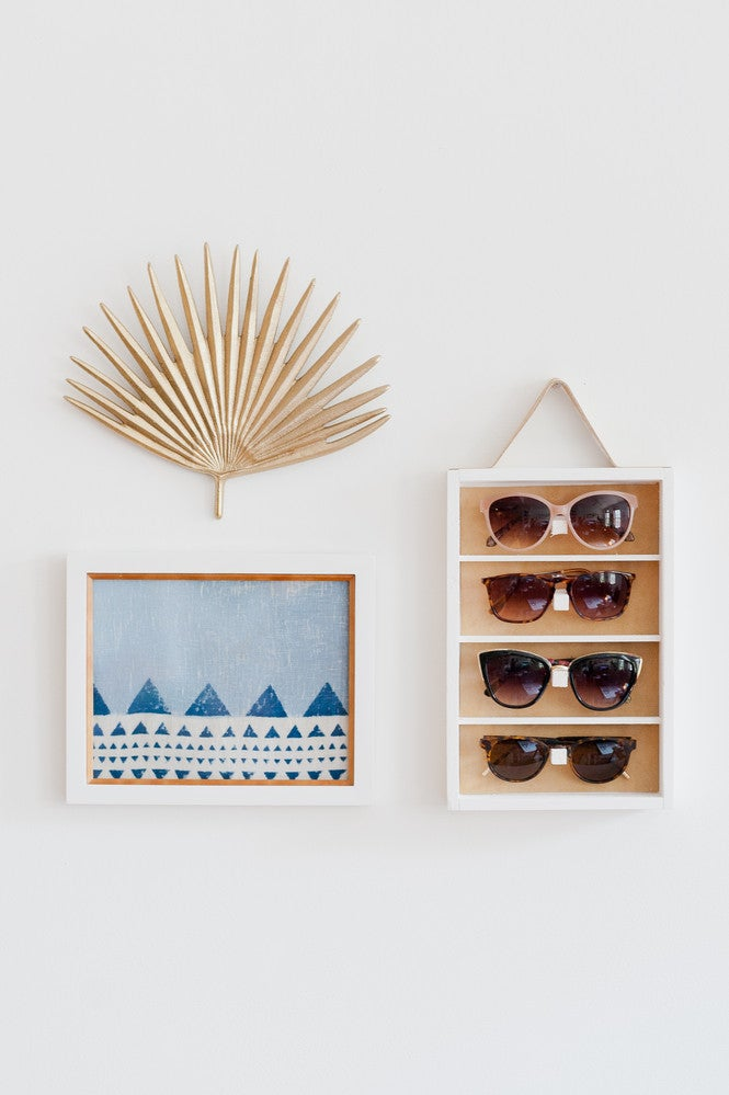 The Small-Space Decorator's Guide to Displaying Accessories