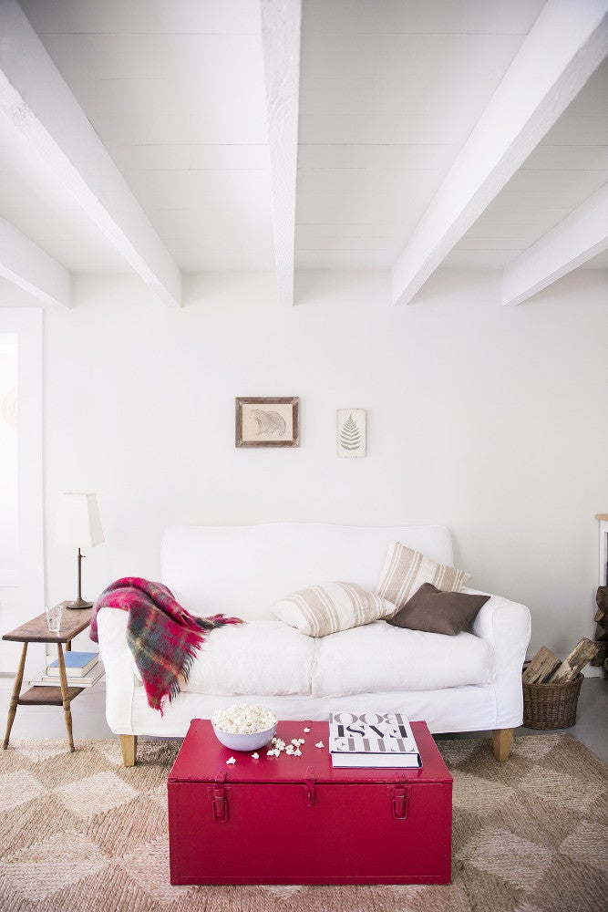 13 ways to decorate with cozy textiles