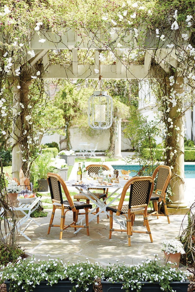 what's your outdoor entertaining style