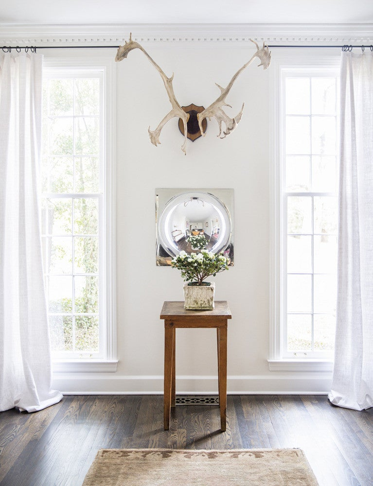 Brown and White Entryway