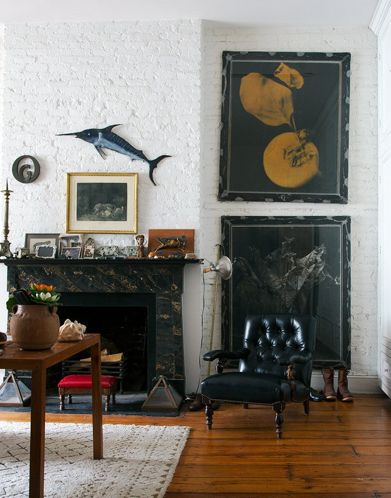 Black and Wood Living room
