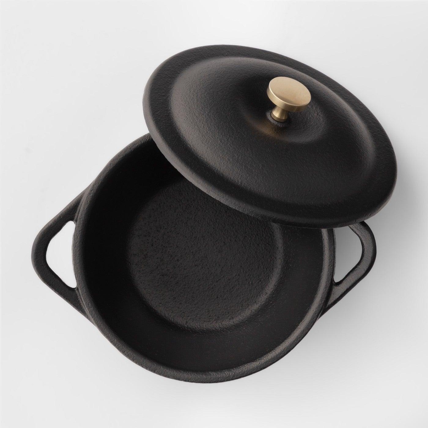 mini cast iron pot