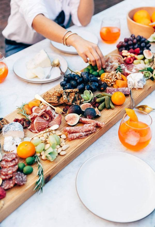 Dinner Party Table Decor