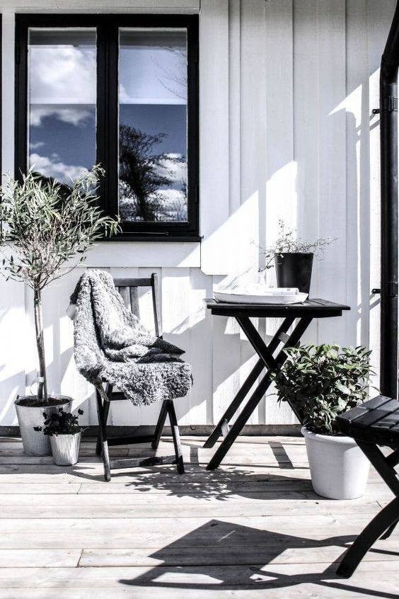 Best Patio Ideas To Decorate Outdoor Space Summer 2018 on Myliving Outdoors id=53040