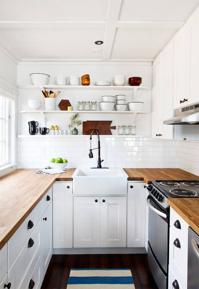 7 Tiny Kitchen Before And After Makeovers
