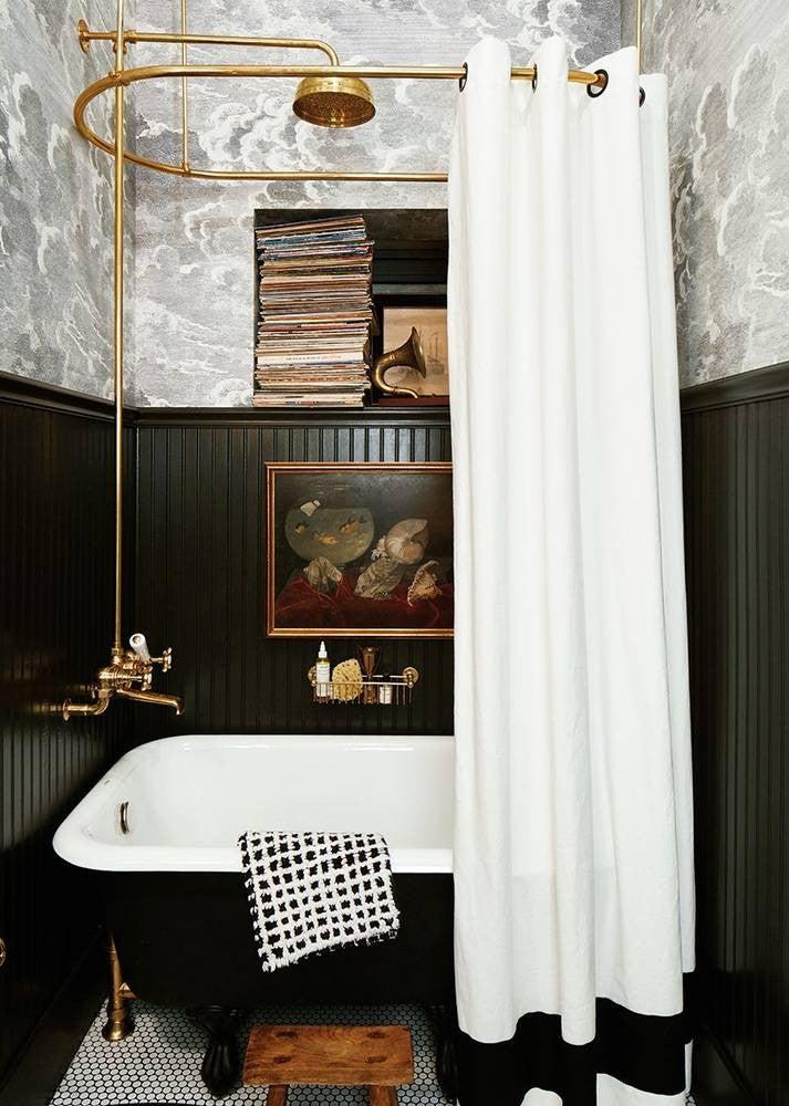 Small Bathroom Decor Ideas: built-in storage space
