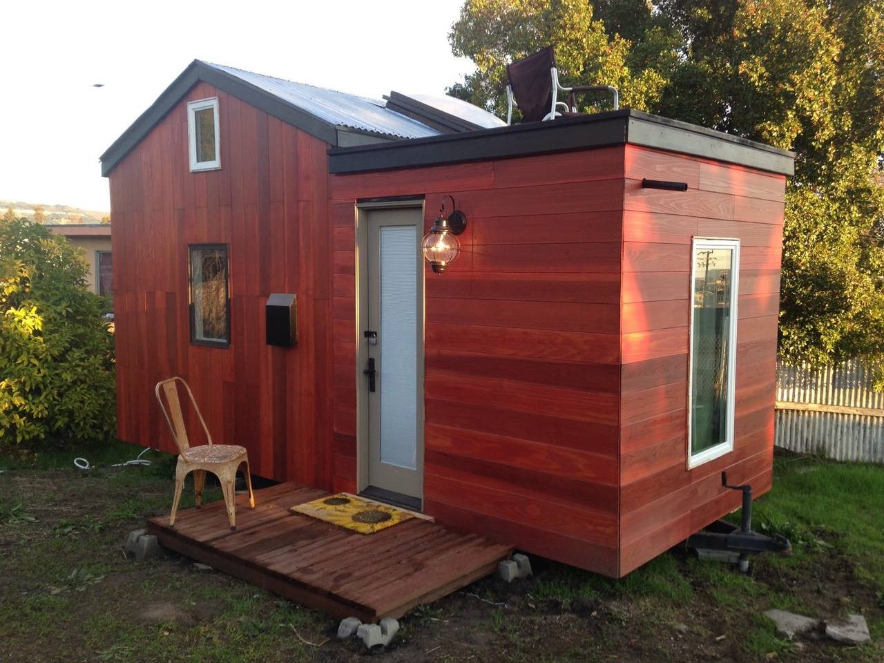 best tiny house for rent airbnb 2018 small home rentals. Black Bedroom Furniture Sets. Home Design Ideas