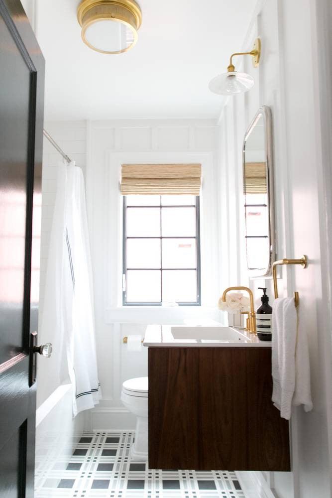 2017's Best Bathroom Interior Design- bright bathroom