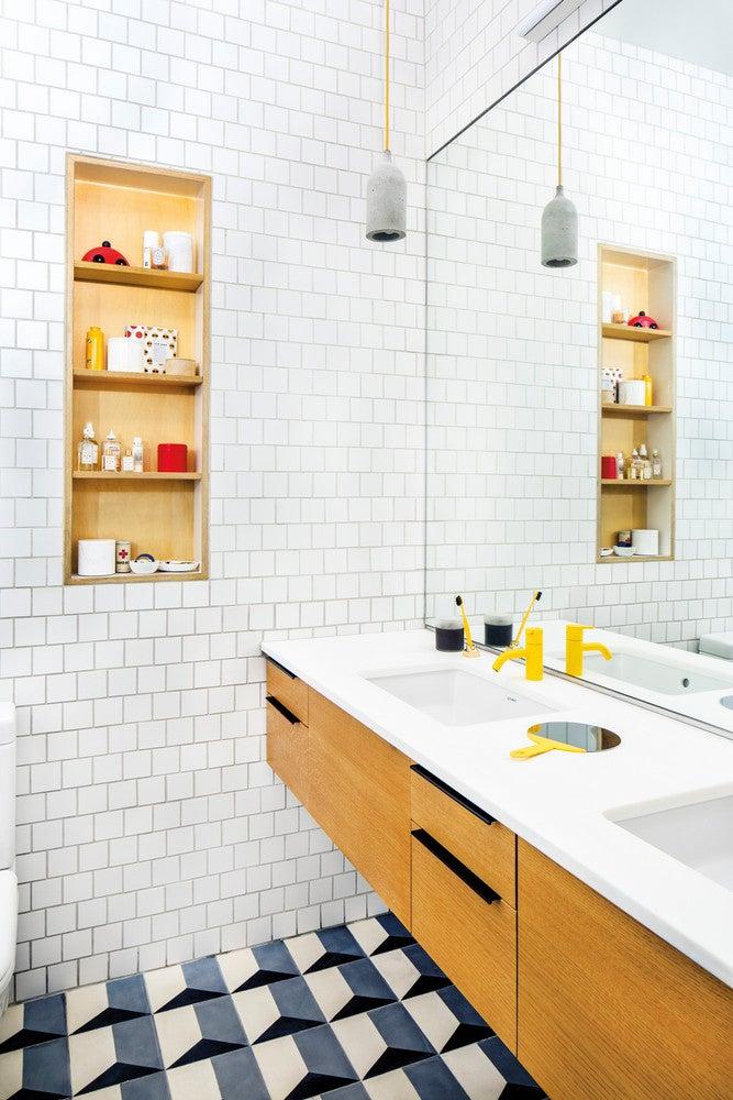2017's Best Bathroom Interior Design- colorful and modern bathroom
