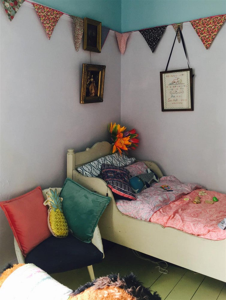 colorful eclectic bedroom decor