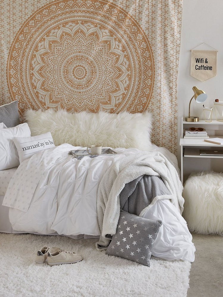 Dorm Decor That's as Chic as it Is Affordable