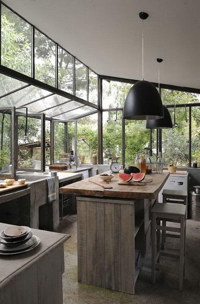 rustic-kitchen-windows