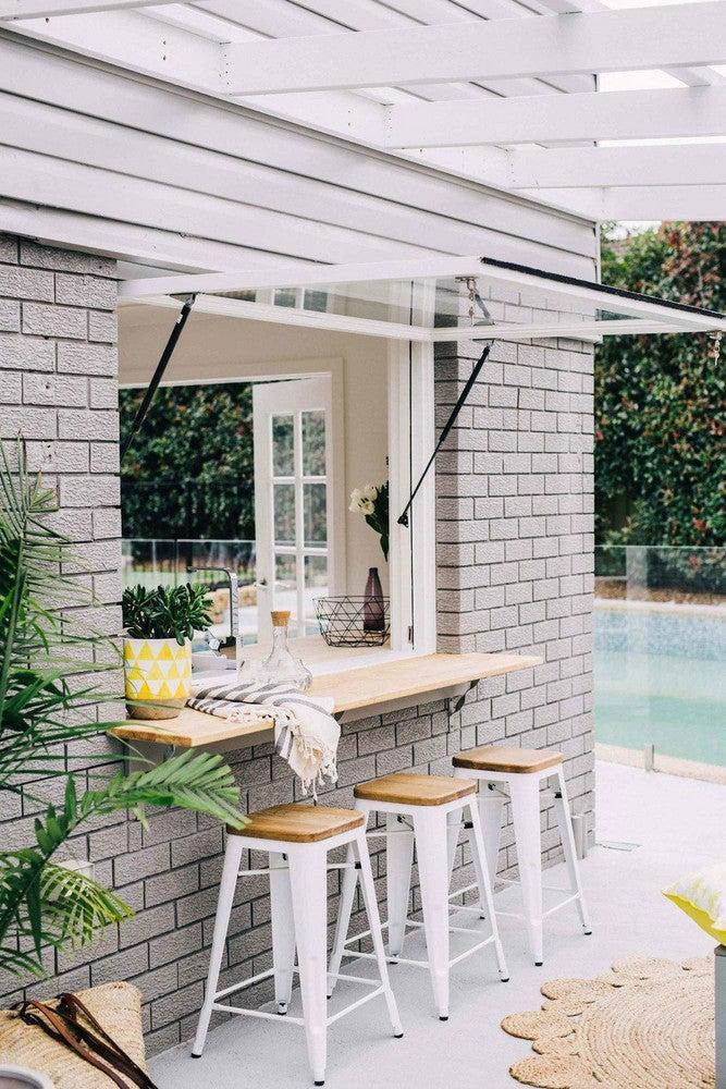 pool-house-window