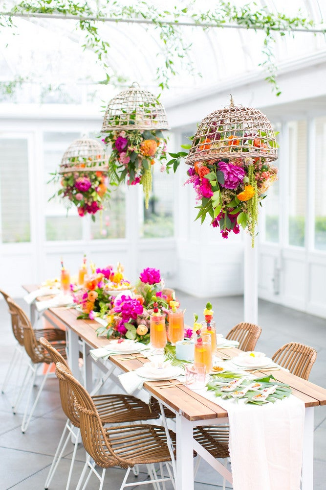 15 Outdoor Dining Table Decorating Ideas to Copy This ...