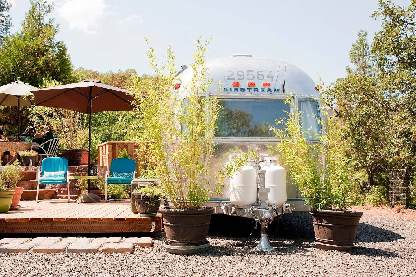 10 Retro Airstreams You Can Rent On Airbnb | Domino