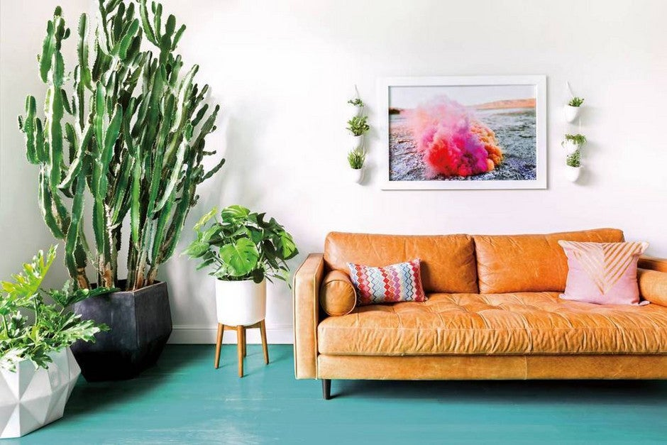 10 Teal Home Decor Ideas- colorwashed floors