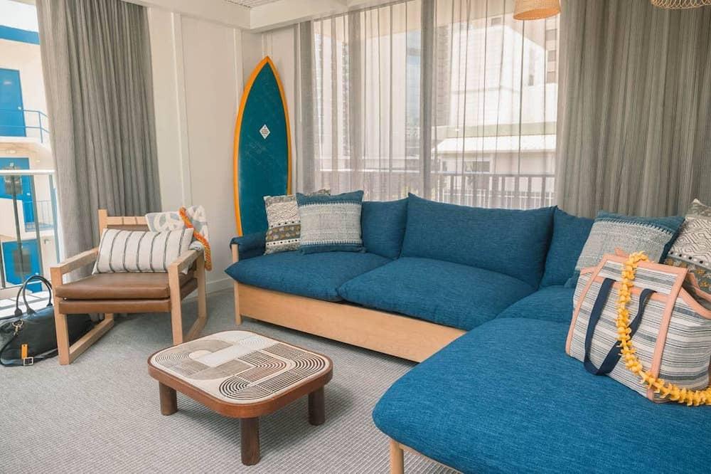 hotel openings 2017 surfjack