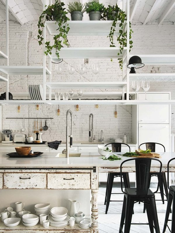 10 Reasons Why Your Home Needs Hanging Shelves