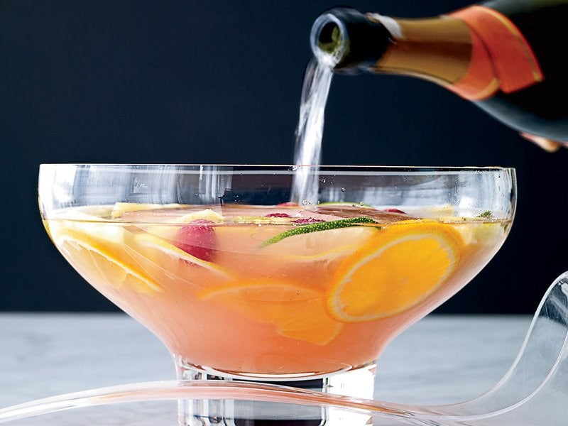 Big-Batch Cocktails to Serve Before Your Thanksgiving Dinner
