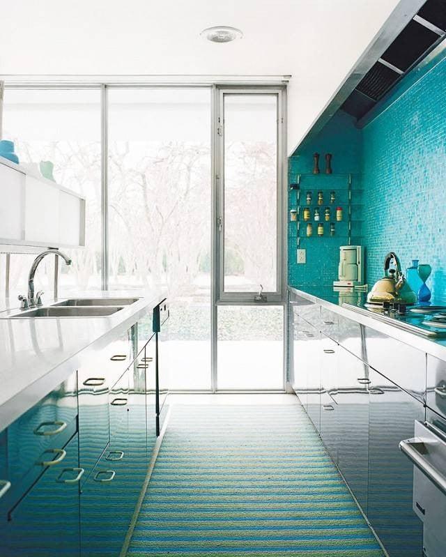 Colorful Kitchen Backsplashes Tuquoise Tile