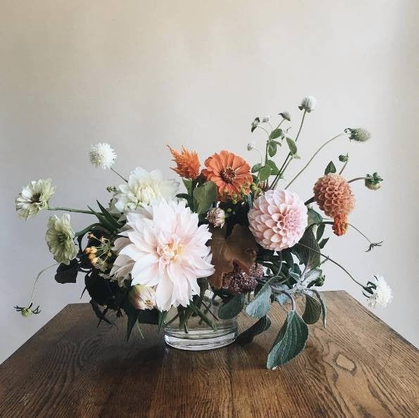 fall flower arrangements blush pink and dusty pink flowers