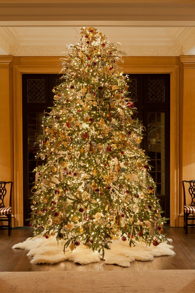 8 Ways to Personalize Your Holiday Party Intro