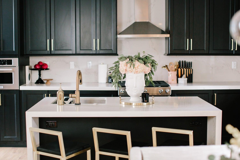 Best Kitchen Islands to Inspire Your Kitchen Design | Domino