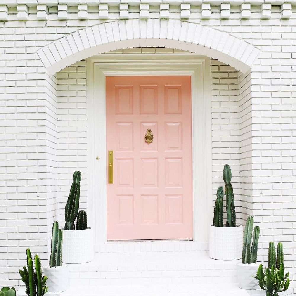 The Prettiest Front Porch Decorating Ideas for Spring | Domino