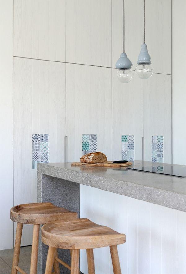 white-natural-wood-kitchen