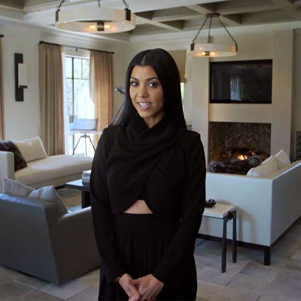 kourtney kardashian in her living room