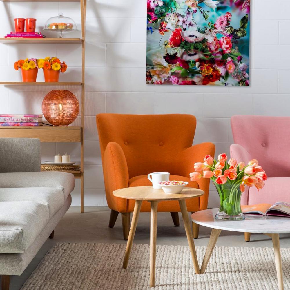 pink-orange-living-room