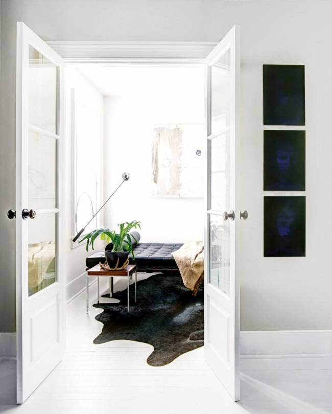 hallway-wall-ideas-black-prints