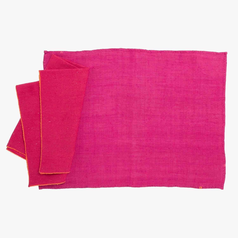 04- abchome fuchsia table linens