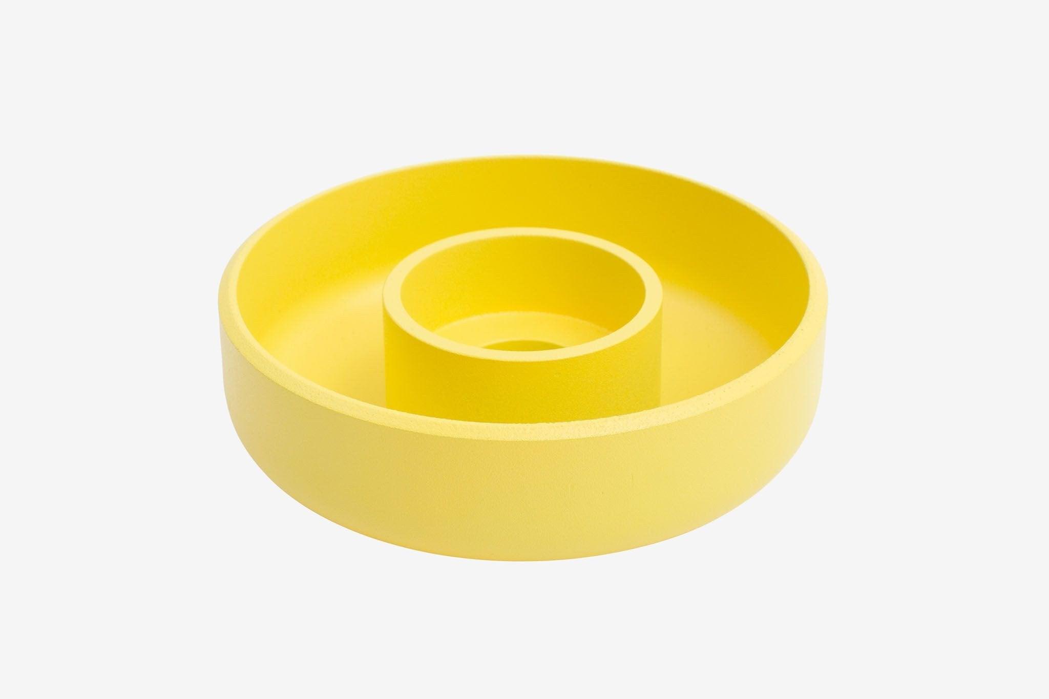 14 – hem yellow candle stick