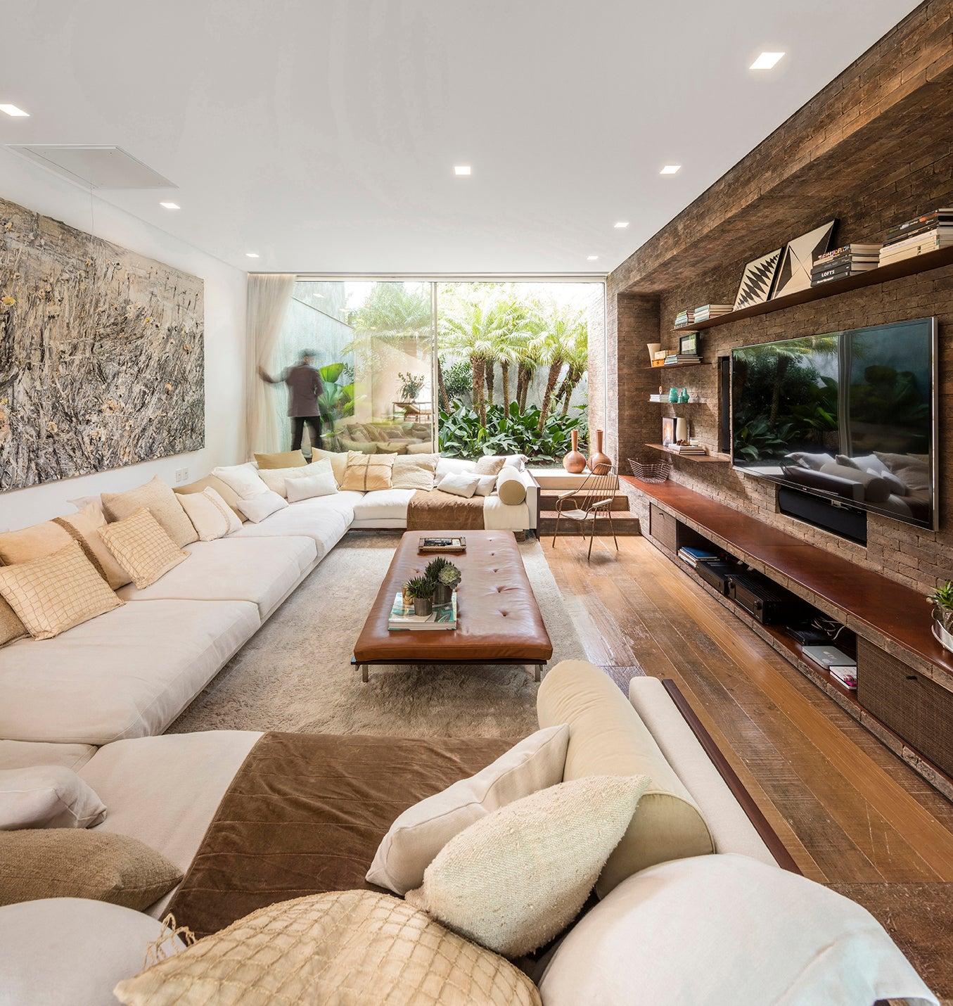 Retro Sunken Living Room Design Inspiration